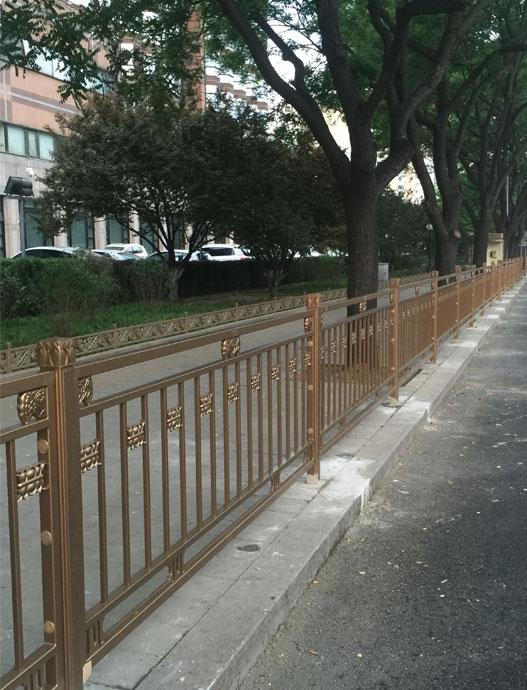 北京长安街便道护栏